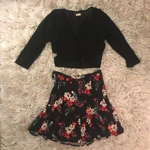 Hollister crop top & floral skirt
